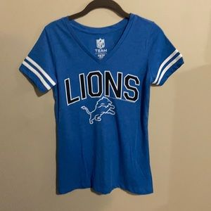 NWT Old Navy Lions Tee XS